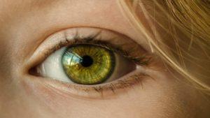 Come vedere senza occhiali e lenti a contatto