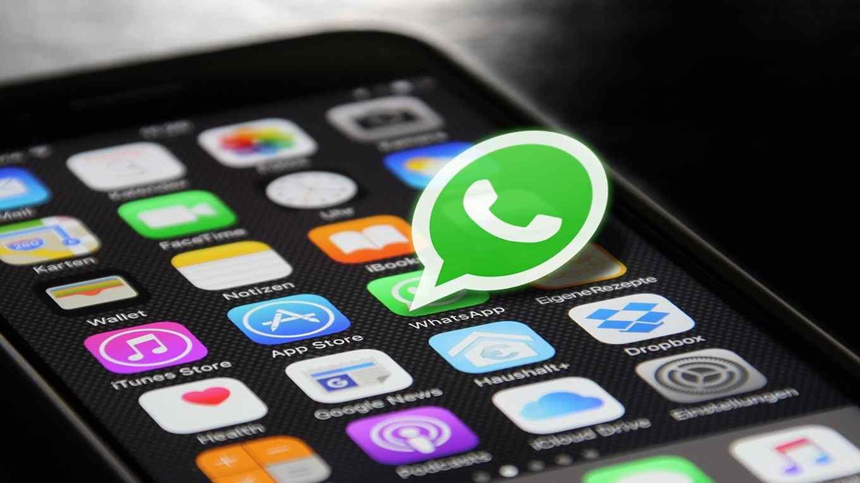 Whatsapp furto cellulare cosa fare